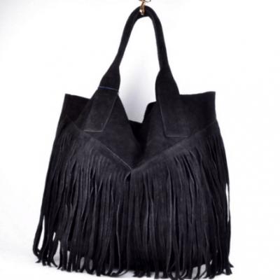 Suede tas Fringe Me zwart zwarte black suede musthave tas shopper fashion bags franjes