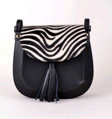 Leren-schoudertas-Kim zebra zwarte zwarte tas-kwastje-festival-tassen-luxe-giuliano-lederen-tassen-online-kopen-1