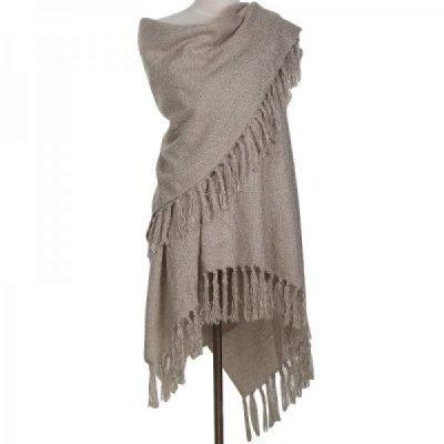 Omslagdoek-Yolante-taupe-omslagdoek-sjaal-ponchos-vesten-winter-warm-vesten-sjaals-online-kopen-bestellen-600x600