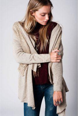 beige-vest-sila-gehaakte-rug-mooie-luxe-vesten-online-gehaakte-details-bestellen-fashion