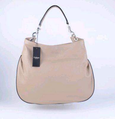 leren-tas-jada-taupe-nude-lederen-tas-zilveren-accessoires-ronde-onderkant-musthave-mooie-luxe-tassen-kopen-giuliano-bags