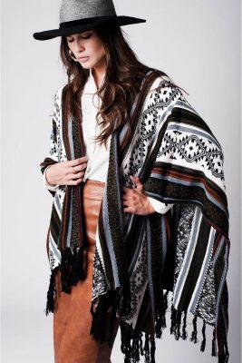poncho-geo-tribal-fringe-multi-color-kleuren-ponchos-wollen-omslagdoeken-online-kopen