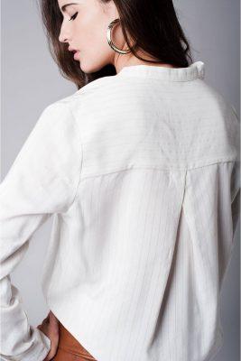 witte-blouse-metallic-garen-luxe-mooie-blouse-strepen-musthave-dames-kleding-online-kopenjpg-achterkant