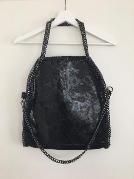 leren-Croco-Tas-Stella-Chains-zwart-zwarte-grijs-leren-croco-tas-kettingen-musthave-it-bag-beige-nude-creme-musthave-tas-met-kettingen-online-kopen-leder-italiaans-leder-fashion-guiliano