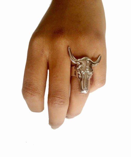 ring-bull-zilver-zilveren-ring-met-stierenkop-musthave-ringen-sieraden-accessoires-online-bestellen