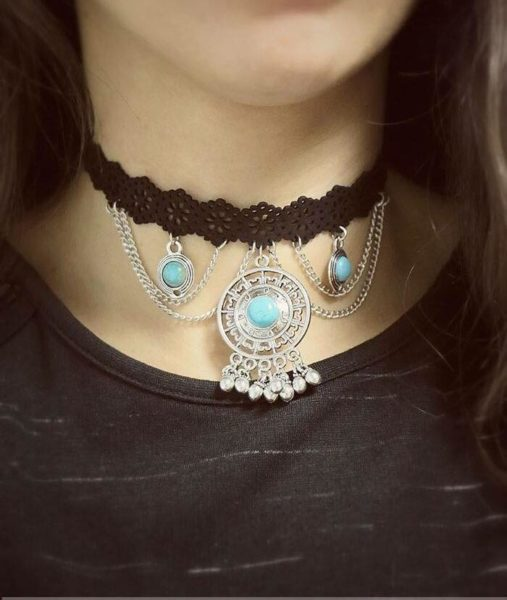 choker-barok-chokers-zwarte-zwart-kettingen-turquoise-steen-korte-ketting-accessoires-dames