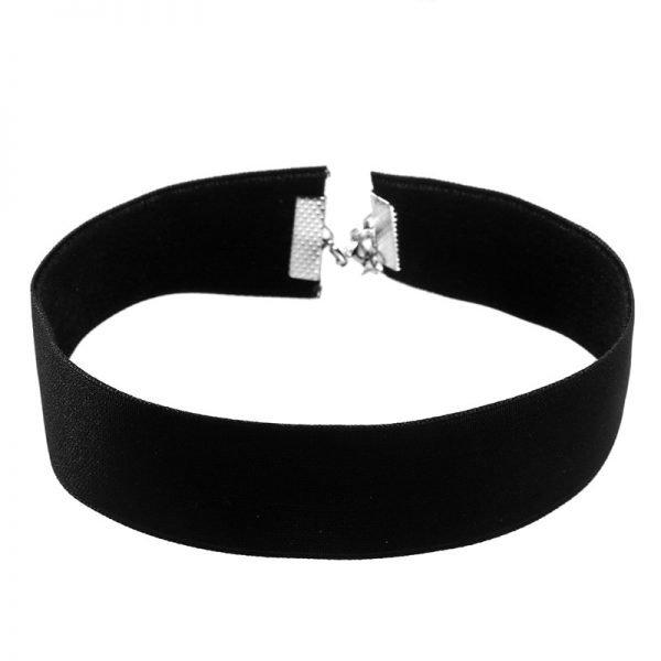 zwarte-choker-velvet-brede-zwarte-chokers-kettingen-sieraden-dames-accessoires-online-kopen