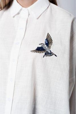 Witte Blouse Bird wit katoenen blouse hemd dames hemden vogel patch musthave dames kleding fashion online