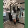 Jurk Sammy Grijs grijze half lange jurken sweaterdress dames kleding musthaves online bestellen achterkant