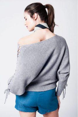 Trui Tied up grijs grijze dames truien gebreide sweaters gevlochten veter detail schouders fashion modemusthaves online achterkant