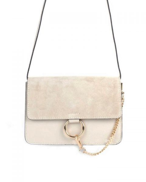 Leren Tas Faye Suede beige nude leren tassen met suede flap gouden ring en ketting musthave it bags fashion bestelen