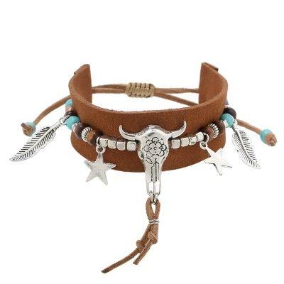 Armband-boho-beads bruin bruine seudine armband zilveren bedels bull veertjes dames armbanden koord veters shop online