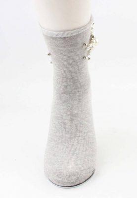 Sokken Pearl Flower grijs grijze korte dames sokken met witte grijze parel bloemen detail musthave fashion socks festival dames sokken