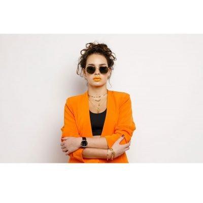 Zonnebril Tough Girl Groen groene glazen gouden montuur hippe fashion piloten brillen iets hoekig brillen 2018 2019 shop online goedkoop stoere dames brillen