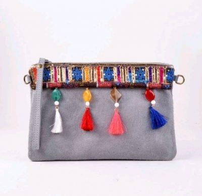 Clutch Indian Summer grijs grijze hippe boho clutch kwastjes en gekleurde stenen musthave clutches online kopen