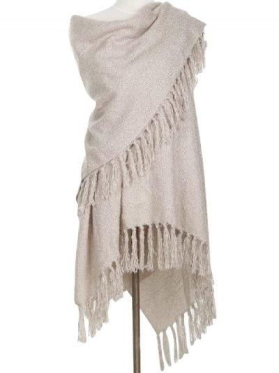 Omslagdoek-Yolante-beige nude-omslagdoek-sjaal-ponchos-vesten-winter-warm-vesten-sjaals-online-kopen-bestellen-600x600