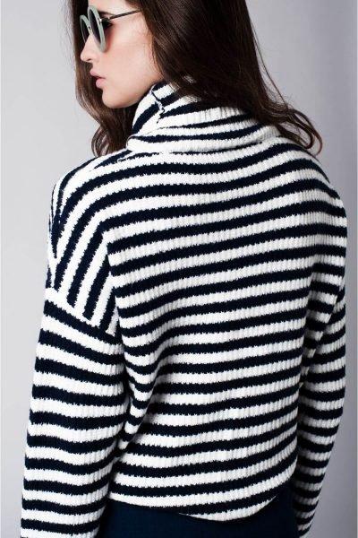 coltrui-stripes-creme-striped-sweater-met-col-grote-wijde-kraag-truien-online-kopen-dames-kleding-achterkant