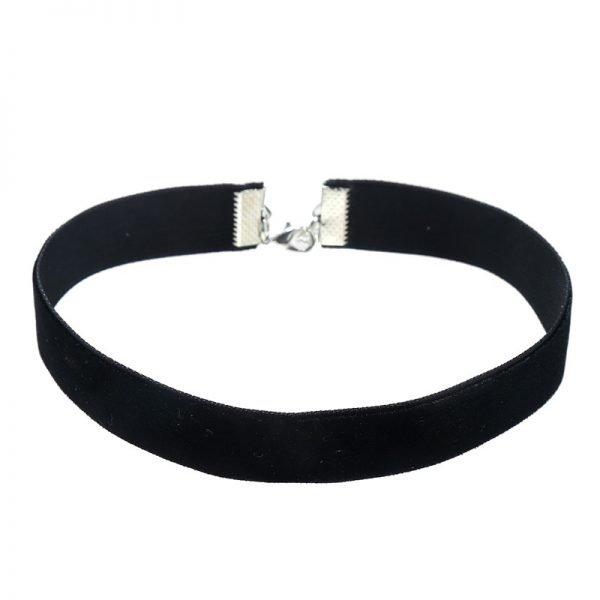 choker-zwart-velvet-zwarte-velour-chokers-online-musthave-kettingen-dames-chique-accessoires-feest-dagen