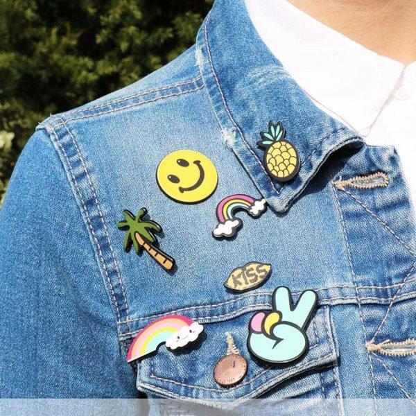 pins gekleurde cartoon pins online kopen accessores pimp patches online