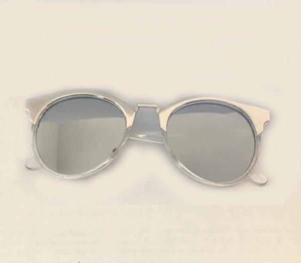 Zonnebril-Noa-zilver-zilveren-goedkope-zonnebrillen-dames-online-musthave-hippe-fashion-brillen-online-plastic zilveren doorzichtige