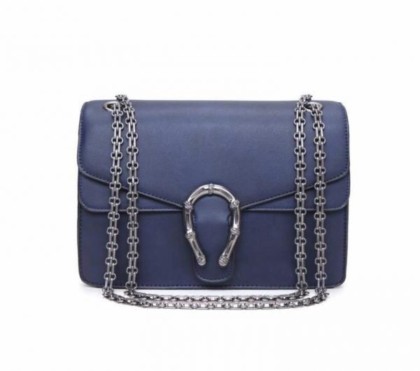 Handtas Diony blauw blauwe dames tassen zilveren ketting look a like kunstleder tassen online fashion musthaves tas