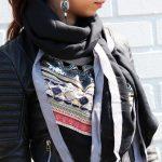 Sjaal Arabian Fantasy zwart zwarte grijze lijn mooie dames driehoeks sjaal fashion omslagdoeken online bestellen detail
