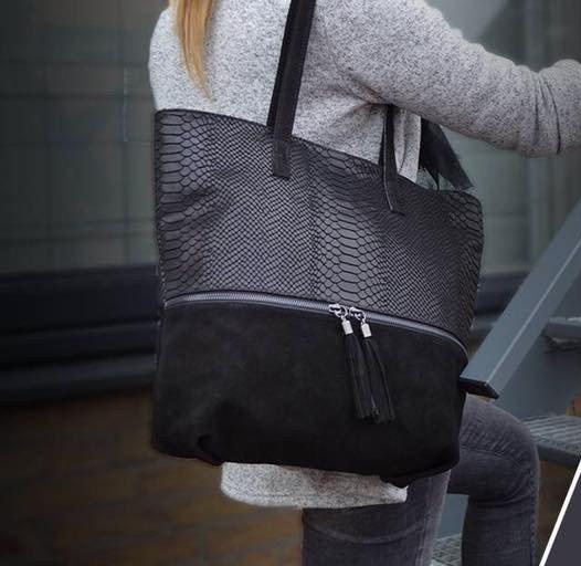 4b9df4e2692 Suede Shopper Croco zwart zwarte half suede grote tassen met kwastje  musthave it bags shoppers tas