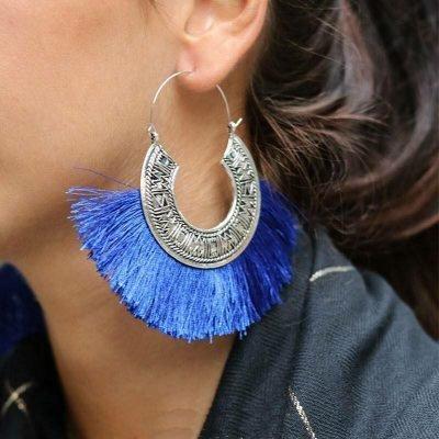 Oorbellen Tassel Mania zilveren oorhangers met blauw blauwe fringe touw aztec mode accessoires dames vrouwen musthaves bestellen
