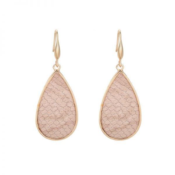 Oorbellen-Snakeskin-beige-nude-creme-gouden-oorbel-oorhangers-met-slangenprint-fashion-earrings-black-gold-online-fashion-1-600x600