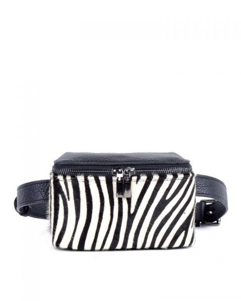 Leren-Heuptas-Zebra Dierenvacht-zwart wit zwarte-beltbag-belt-purse-riemtas-heuptasje-met-riem-fashion-festival-musthave-look-a-like-tassen-online-giuliano-leer-rits