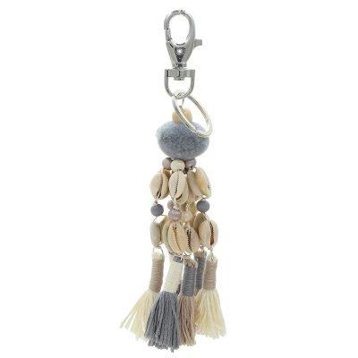 Sleutelhanger Shells & tassles grijs beige taupe creme tassenhangers met schelpen kwastjes wollen bolletje online key chains