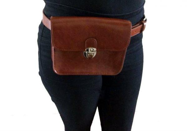Heuptas-Classic-zwart-zwarte-riemtas-buideltas-beltbag-fannypack-festival-silver-musthave-it-bags-ladies-vrouwen-fashion