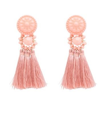 Oorbellen-Festive-Tassel-roze pinnk-lange-dames-oorhangers-met-kwastjes-big-earrings-tassle-fashion-musthave-vrouwen-bestellen-400x400