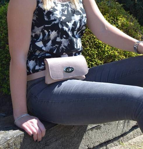 Leren Heuptas Classic roze pink beltbag-belt purse riemtas-heuptasje-met-riem-fashion-festival-musthave-look-a-like-tassen-online-giuliano-