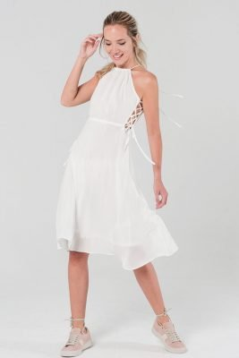Witte Jurk Sarah wit dames zomer jurken open rug en zijkanten sexy summer dress katoen online kopen bestellen modemusthaves