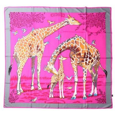 Zijde Sjaal Giraffe roze pink dames sjaals zijden silk gekleurde print grote sjaals musthave accessoires kopen detail