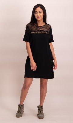 Little Black Dress zwart zwarte korte jurk gouden details rits kopen online jurken kopen bestellen