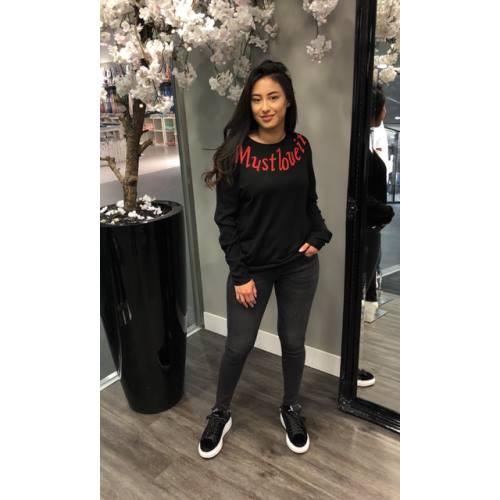 Trui Must Love it zwart zwarte dames truien lange mouwen rode tekst mode musthaves bestellen kopen fashion sweater