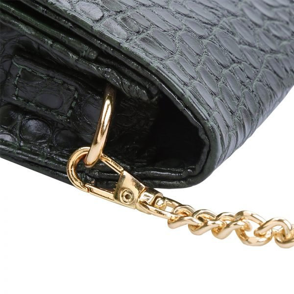 Belt Bag Snake groen groene cognac riemtassen heuptassen fannypack waistbag kettinghengsel crossbody tas slangenrpint zilver fashion kopen bestellen goedkoop