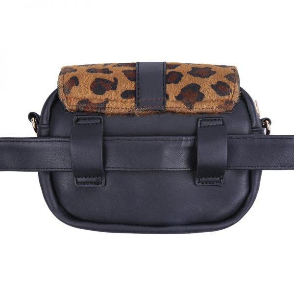 Heuptas Leopard schoudertas zwart zwarte panter tijger print flap riemtassen beltbags waistbags fannypack ketting hengsel online kopen achterkant