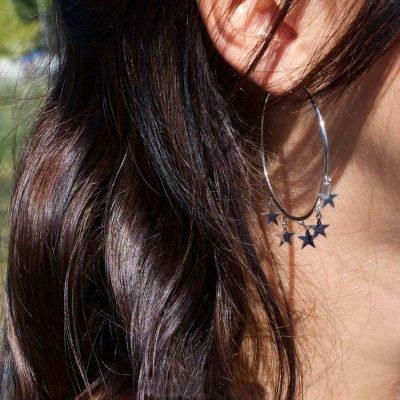 Oorbellen Stars zilver zilveren oorbellen creolen grote oorbel sterretjes musthave dames oorbellen oorhangers chique kopen bestellen