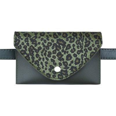 Riem-Tasje-Wild-Thing-leopard-belt-bag-heuptasjes-groen groene-dierenhuid-flap-exotische-dieren-print-fashion-musthave-items-kopen-600x600