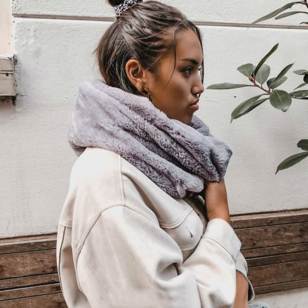 Col Sjaal Fur grijs grijze wollen warme winter colsjaals online kopen bestellen winter fashion shawls bont bonten dames
