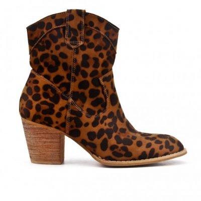 Laarsjes Leopard Cowboy panterprint laarsjes enkellaarsen boots booties dames schoenen dieren print fashion musthave item kopen bestellen