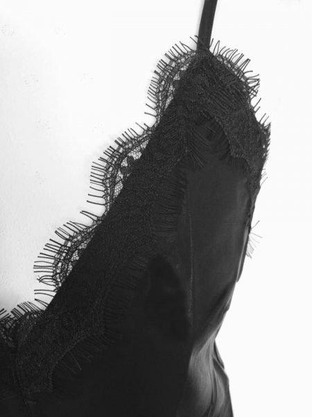 Leren Top Kant zwart zwarte pu kunstleren top dames topjes kanten decolete kopen bestellen sexy topjes detail