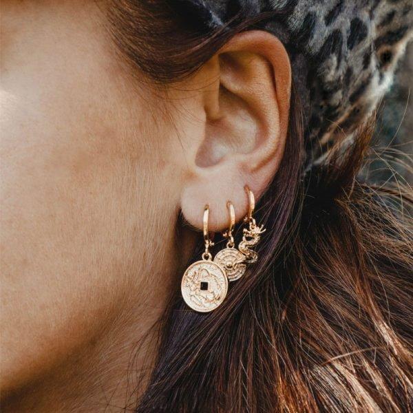 Oorbellen Mythological-Coin-goud gouden-gold-plated-dames-Oorbel met munt-bedel oorhangers dames sieraden-online-kopen fashion