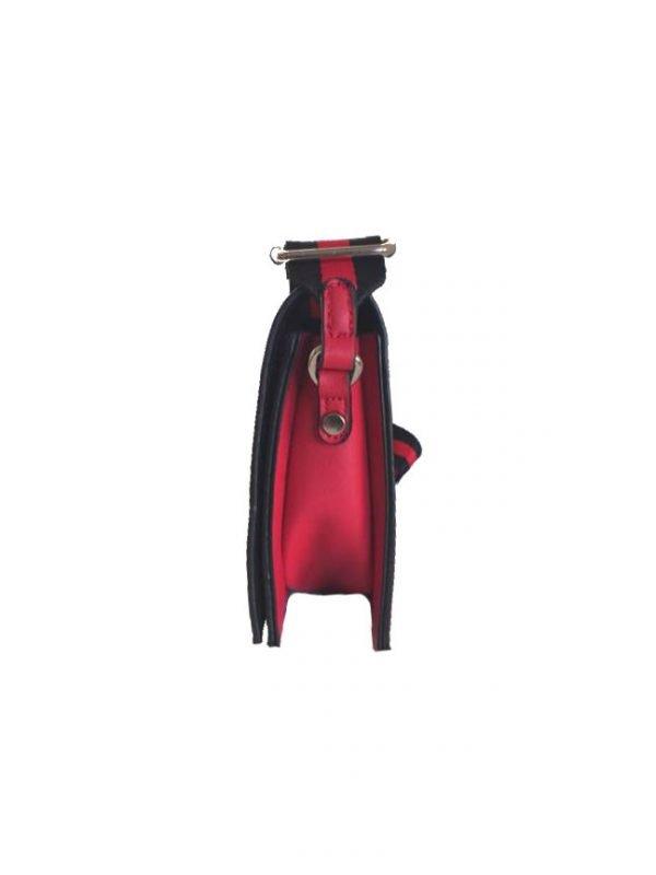 Schoudertas Lines rood rode schoudertassen kleine tasjes twee kleurig hengsel musthave strepen rood zwart kopen zijkant