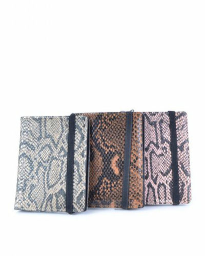 Paspoorthouder-Slangenprint-bruin bruine roze taupe-snake-print-paspoort-mapje-houder-reisdocumenten-houder-kopen-