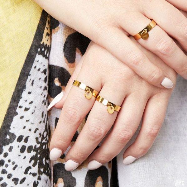 Ring Show me Love goud-gouden-dikke dames-ringe met hart bedel online-sieraden-fashion-musthaves-rings-kopen