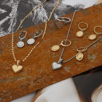 Ketting Hart Be Kind goud gouden dames ketting rvs tekst bedel fashion lovers kettingen online kopen details